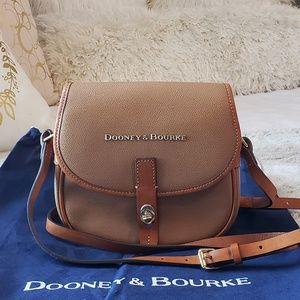 Dooney & Bourke small saddle crossbody bag
